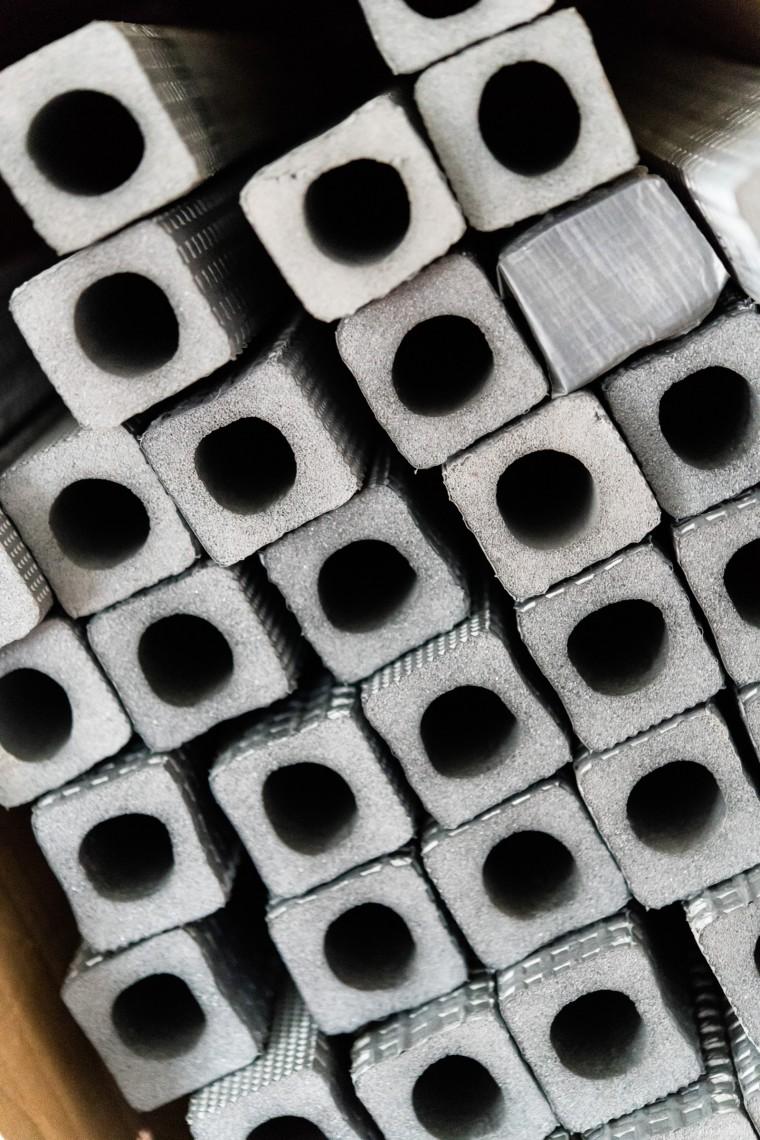 Dichtungsmaterial der Haus- und Solartechnik Auerbacher GmbH, Hunderdorf